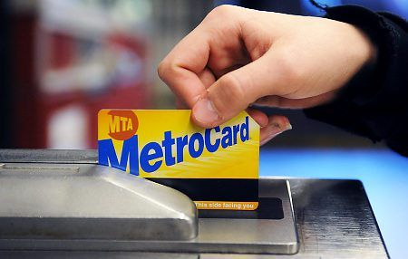 NYC metro card system has a confusing interaction design